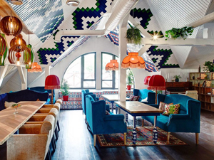 Роспись стен и потолков в ресторане